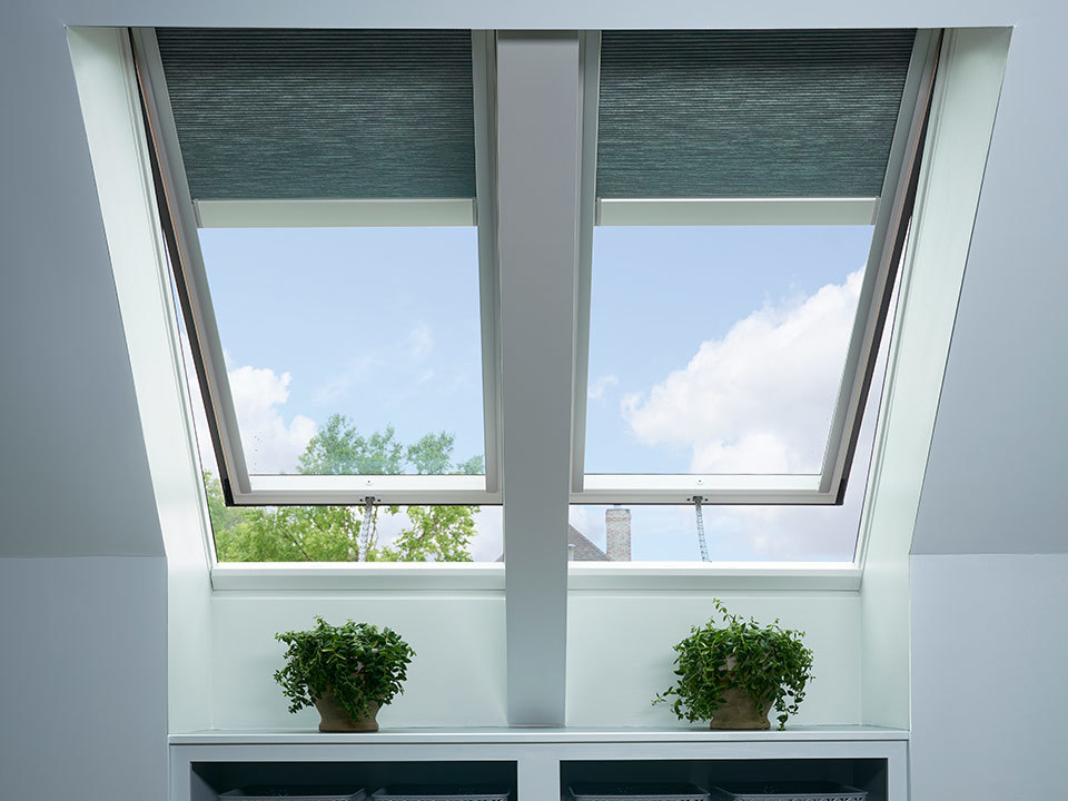 Shelf_Skylight_Straight_Blinds-Featured-960x720